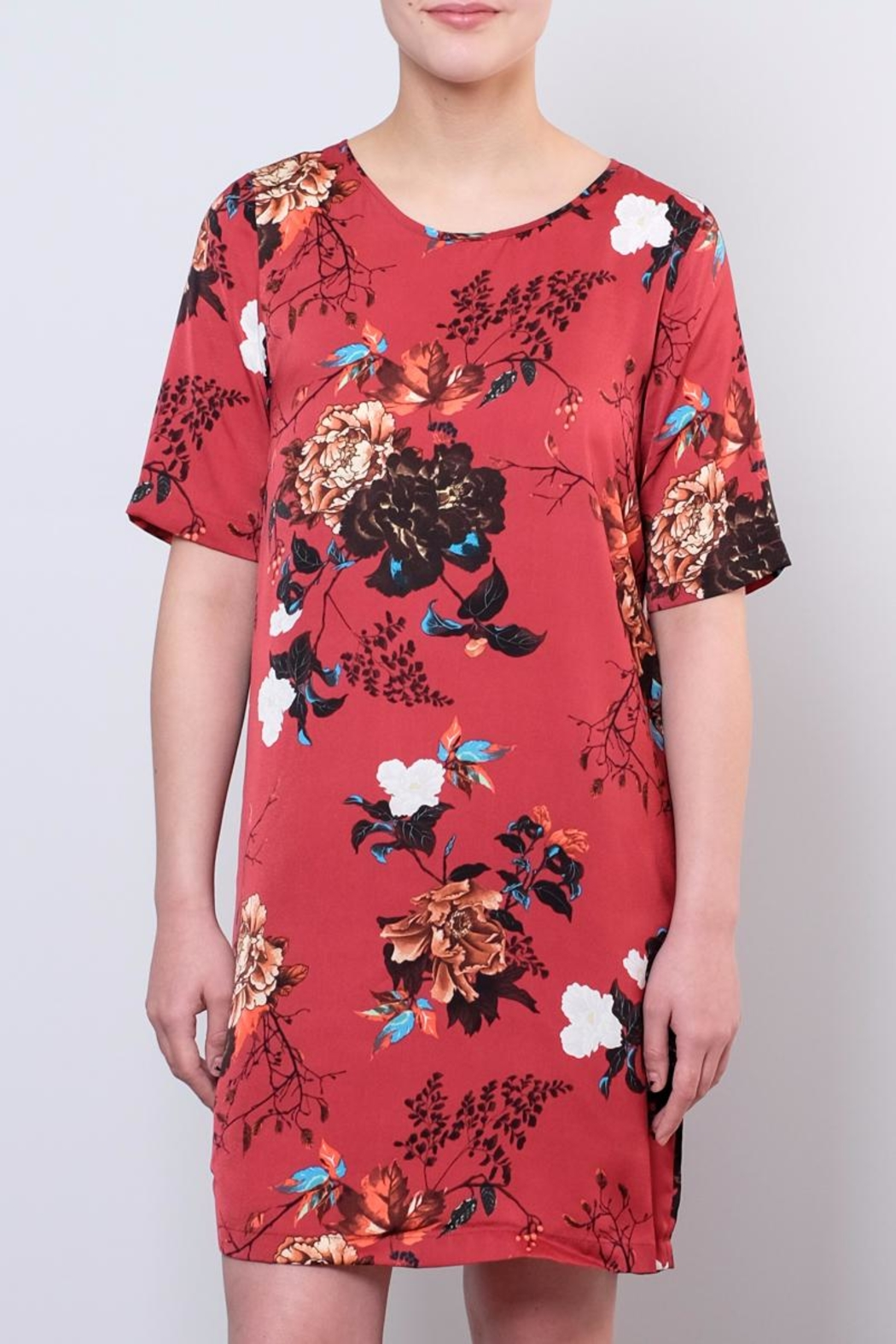 ONLY Satin T Shirt Dress - Side Cropped Image