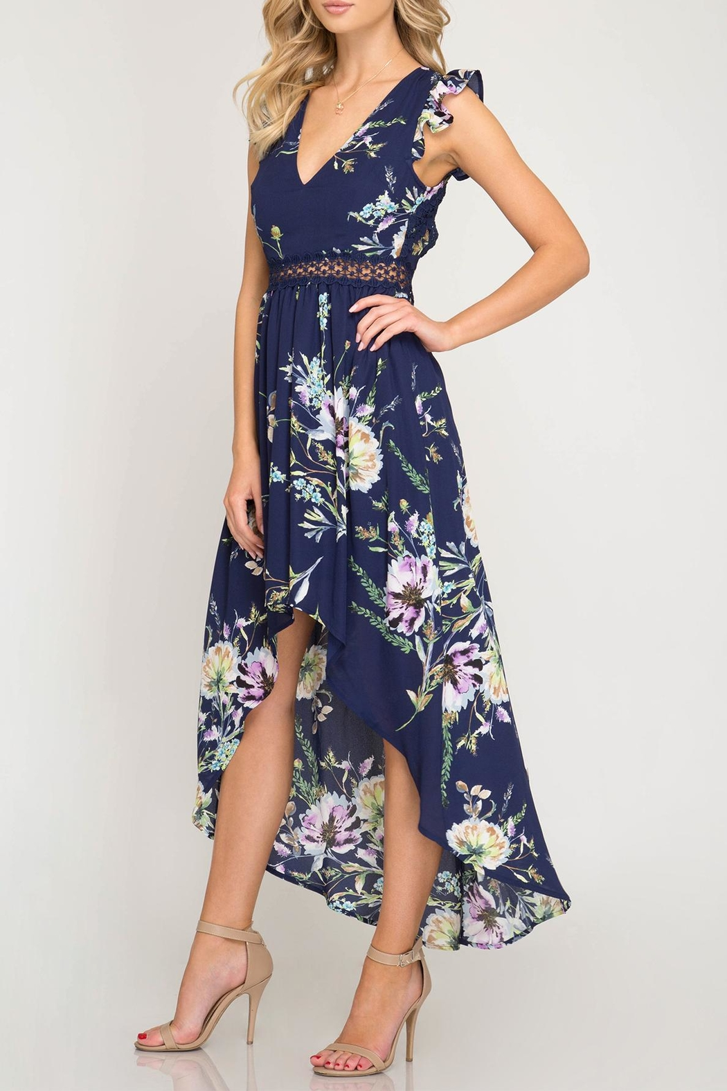 She + Sky Open-Back Floral Maxi - Side Cropped Image