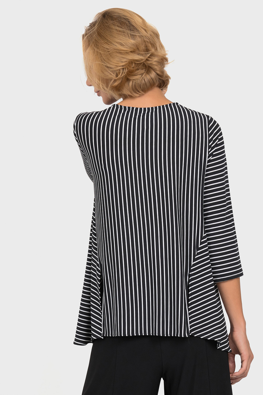 Joseph Ribkoff  Optical Lines Top, Black/White - Side Cropped Image