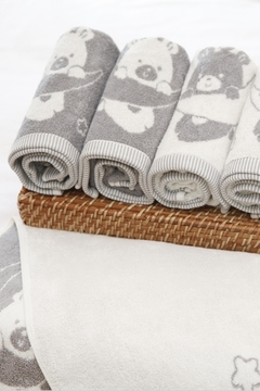 VANDIS Organic Cotton Towel - Alternate List Image