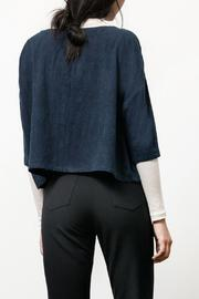 Osei-Duro Indigo Silk Box Top - Side cropped