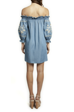 Dex OTS 3/4 Slv Embroidered Denim Dress - Alternate List Image