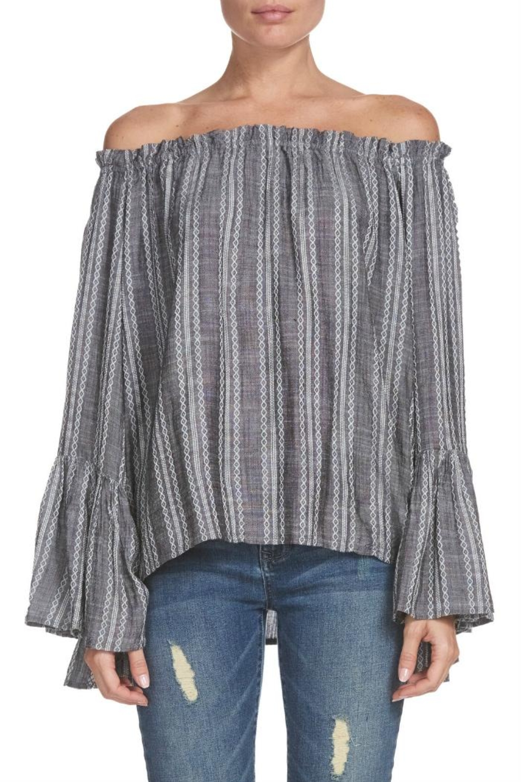 837796e25029f5 Elan Ots Bell-Sleeve Top from Pennsylvania by The Hanger — Shoptiques