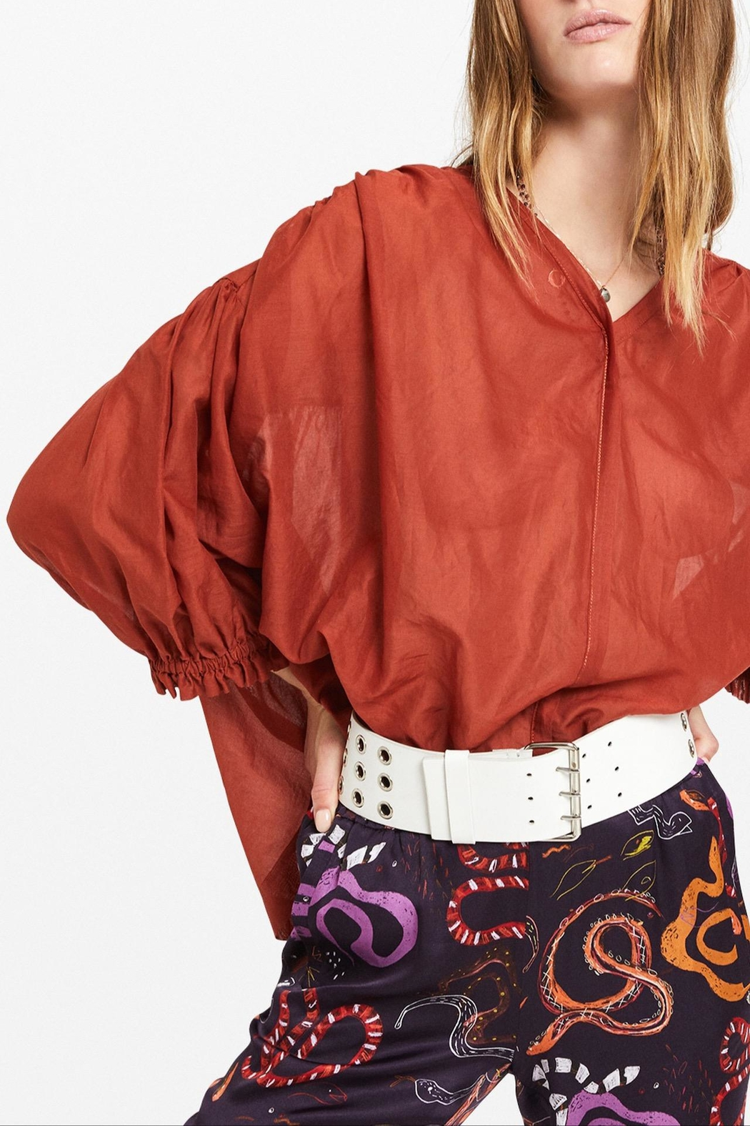 Otto Dame Brique Oversized Blouse - Front Full Image