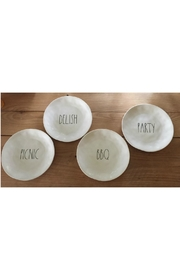 Rae Dunn Outdoor Plate Set - Product Mini Image