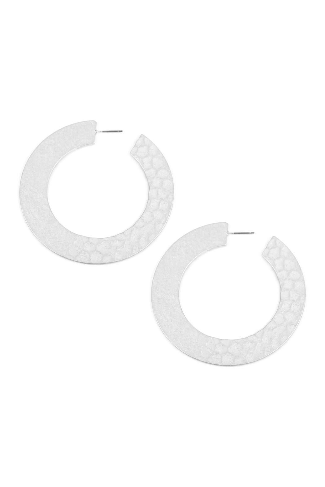 Riah Fashion Oversized-Hammered Plate-Hoop-Earrings - Front Cropped Image