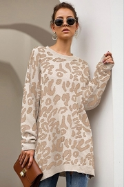 AVVIOLA Oversized Leopard Sweater - Product Mini Image