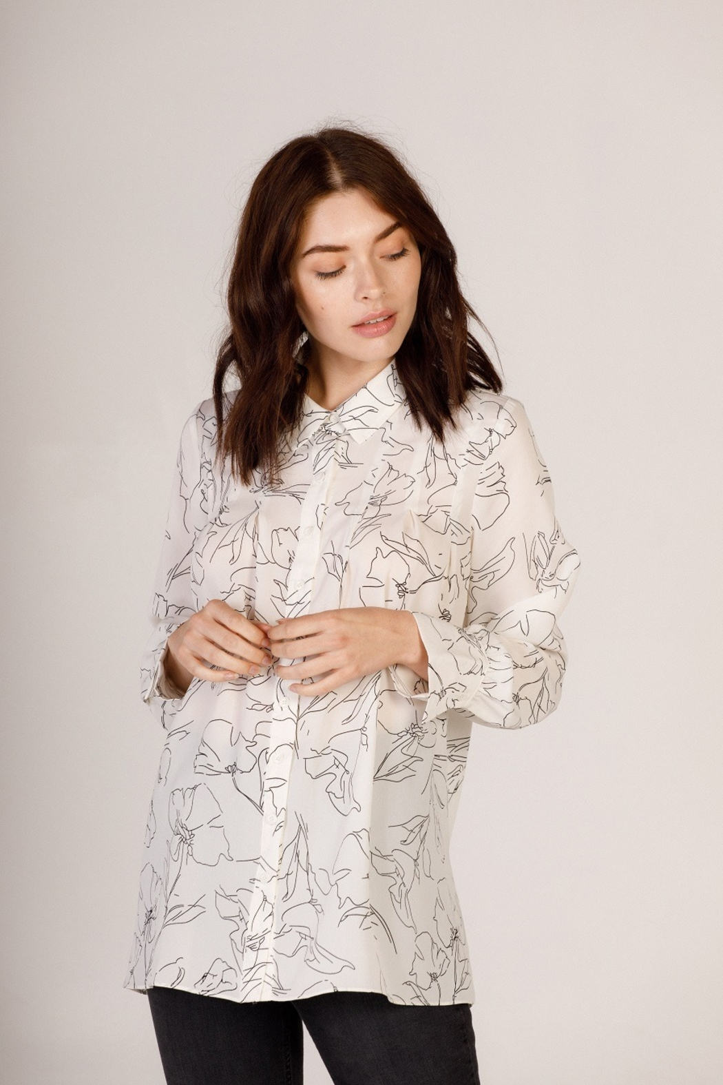 Moodie Abstract Printed Blouse - Front Cropped Image