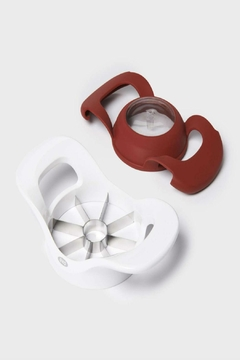 OXO Popout Apple Divider - Product List Image