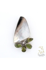 CDO  Oyster Peridot Pearl - Front cropped