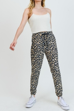 Painted Threads  Queen Cheetah Jogger - Product List Image