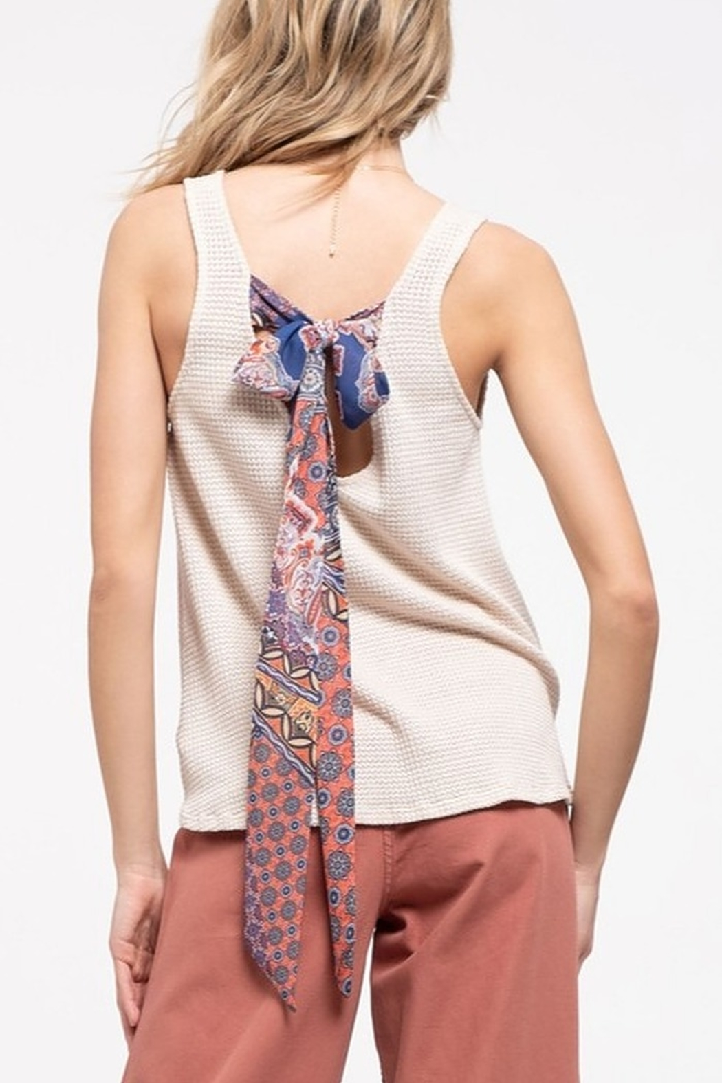 Blu Pepper Paisley Tie Back Tank - Side Cropped Image