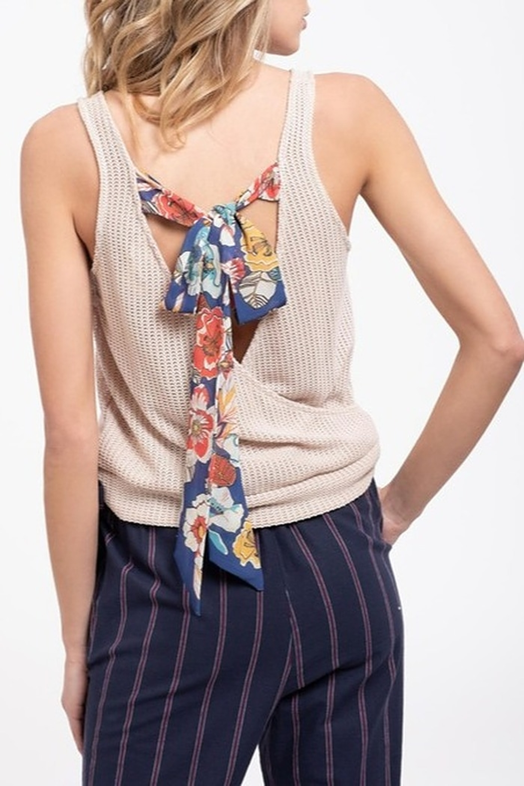 blu Pepper  Paisley Tie Back Tank - Front Cropped Image