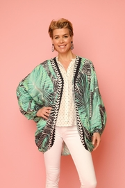 Saachi Palm Court Cocoon - Side cropped