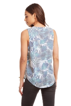 Chaser palm print muscle tee - Alternate List Image