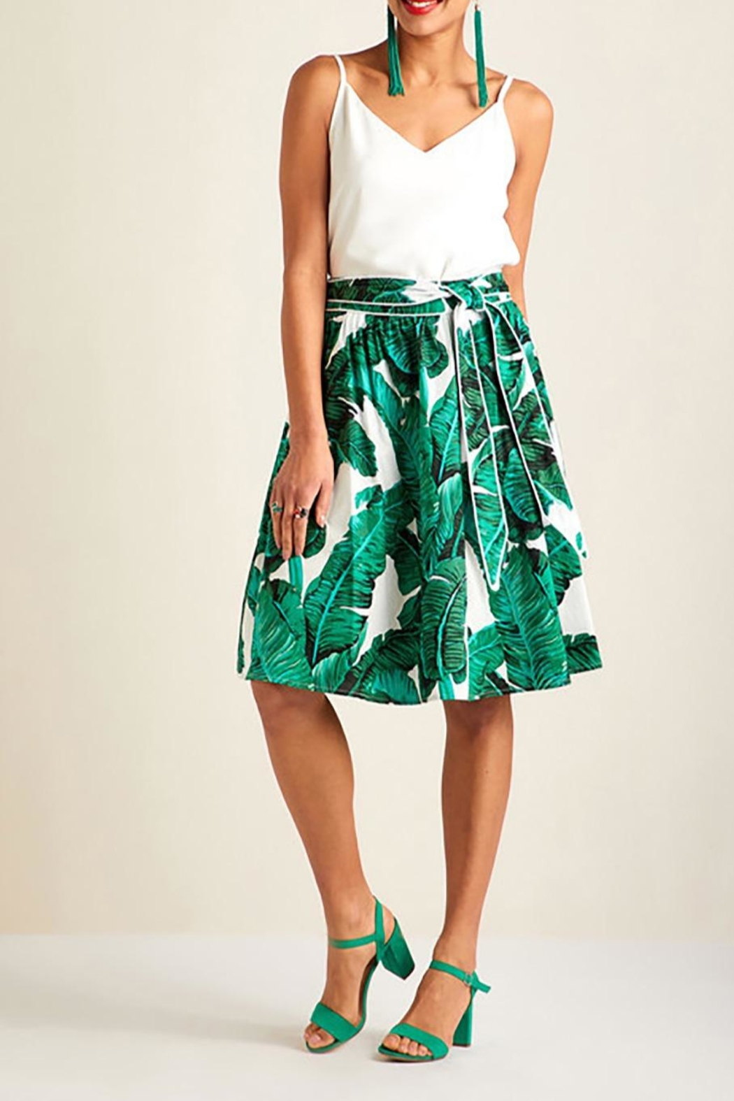 Yumi Palm Print Skirt - Front Cropped Image