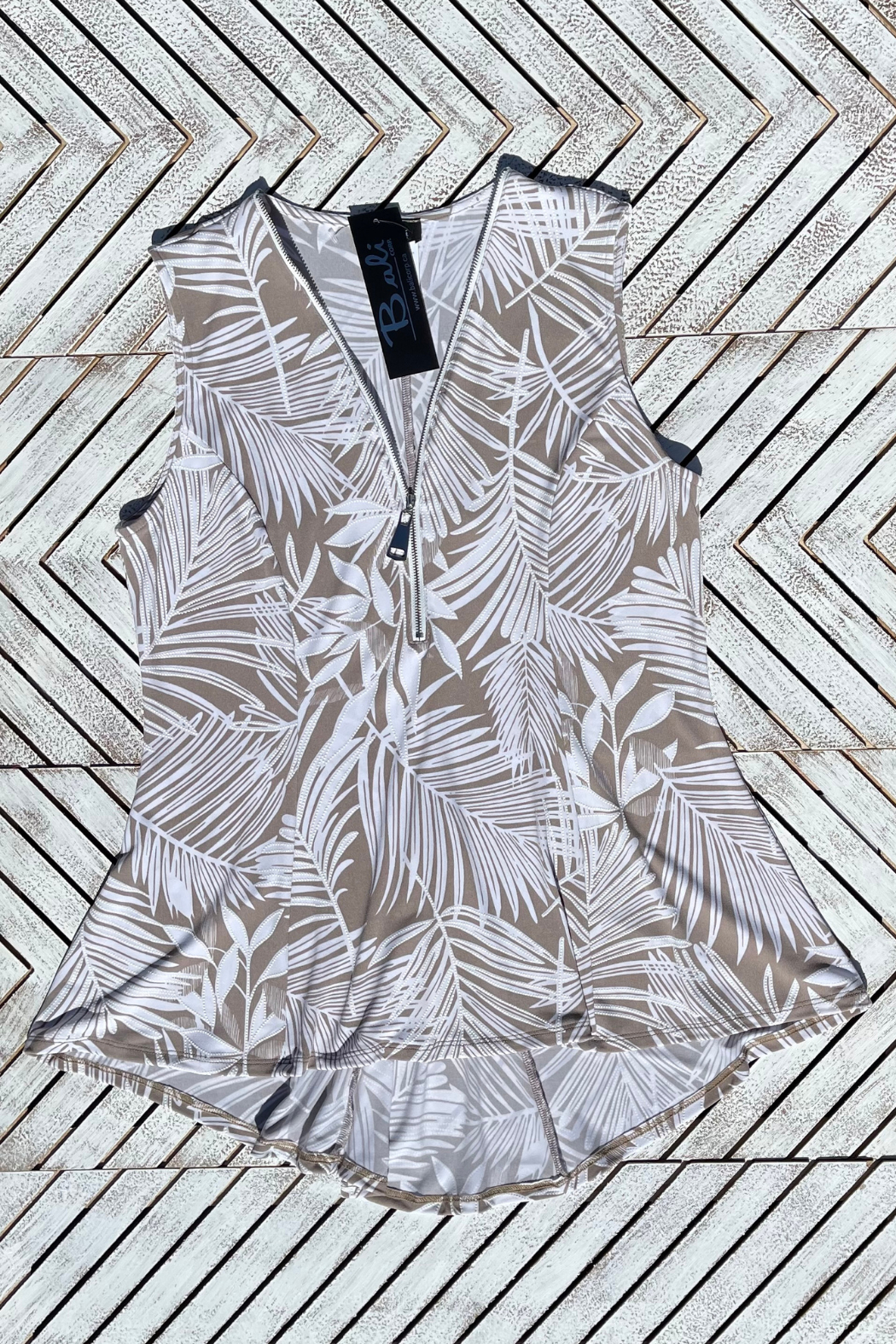 Bali Palm Print Zip Up Hi Lo Top - Side Cropped Image