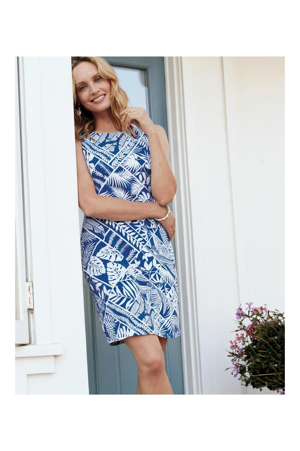 Tommy Bahama Palmfrond Sheath Dress - Side Cropped Image