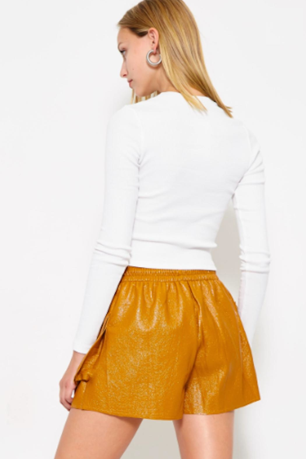 TIMELESS Paperbag Shorts - Side Cropped Image