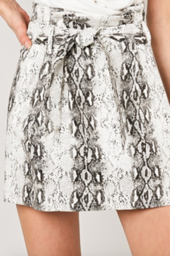 AVVIOLA Paperbag Snake Print Skirt - Alternate List Image