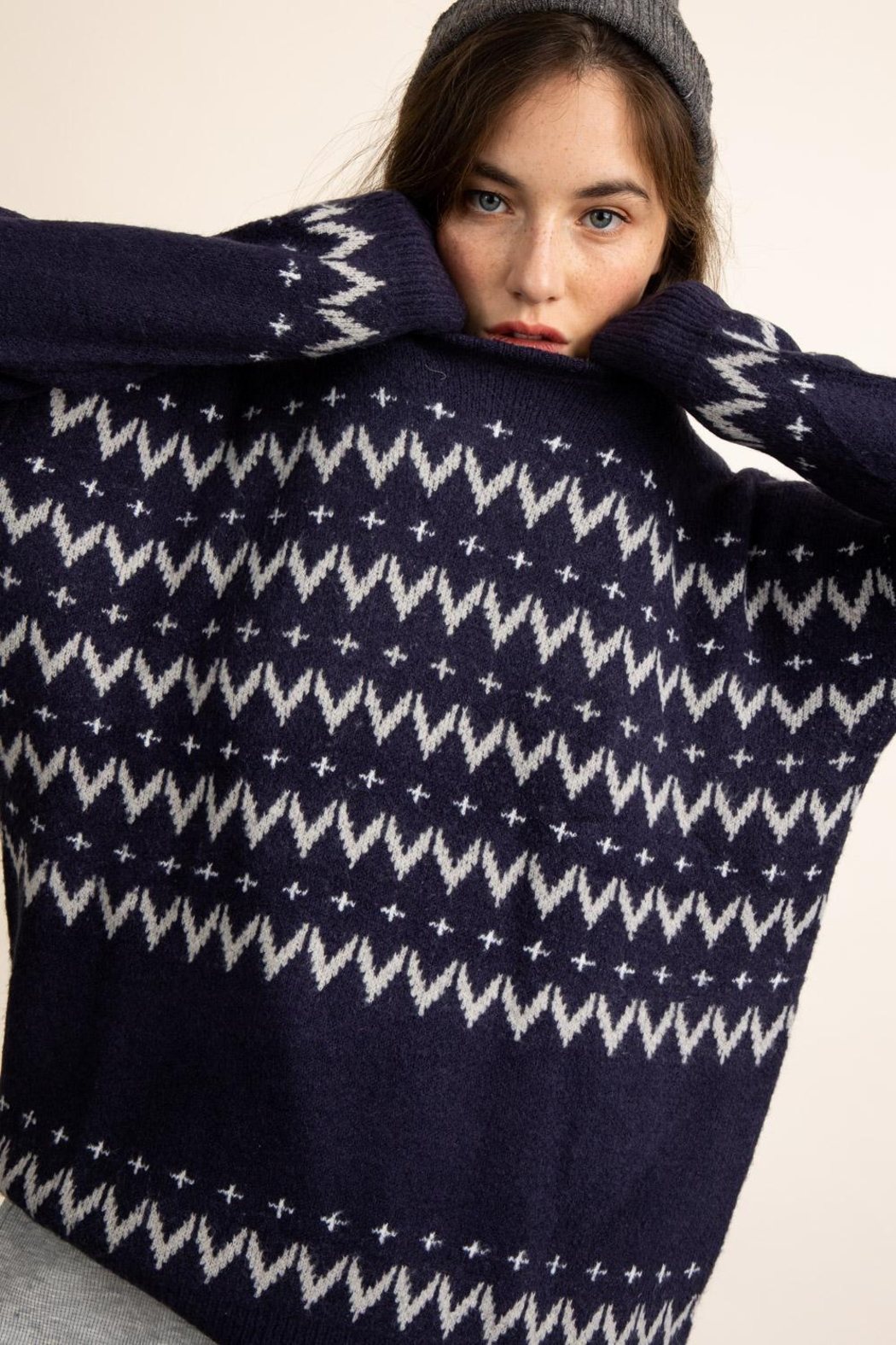 Papermoon Chevron Sweater In Navy - Side Cropped Image