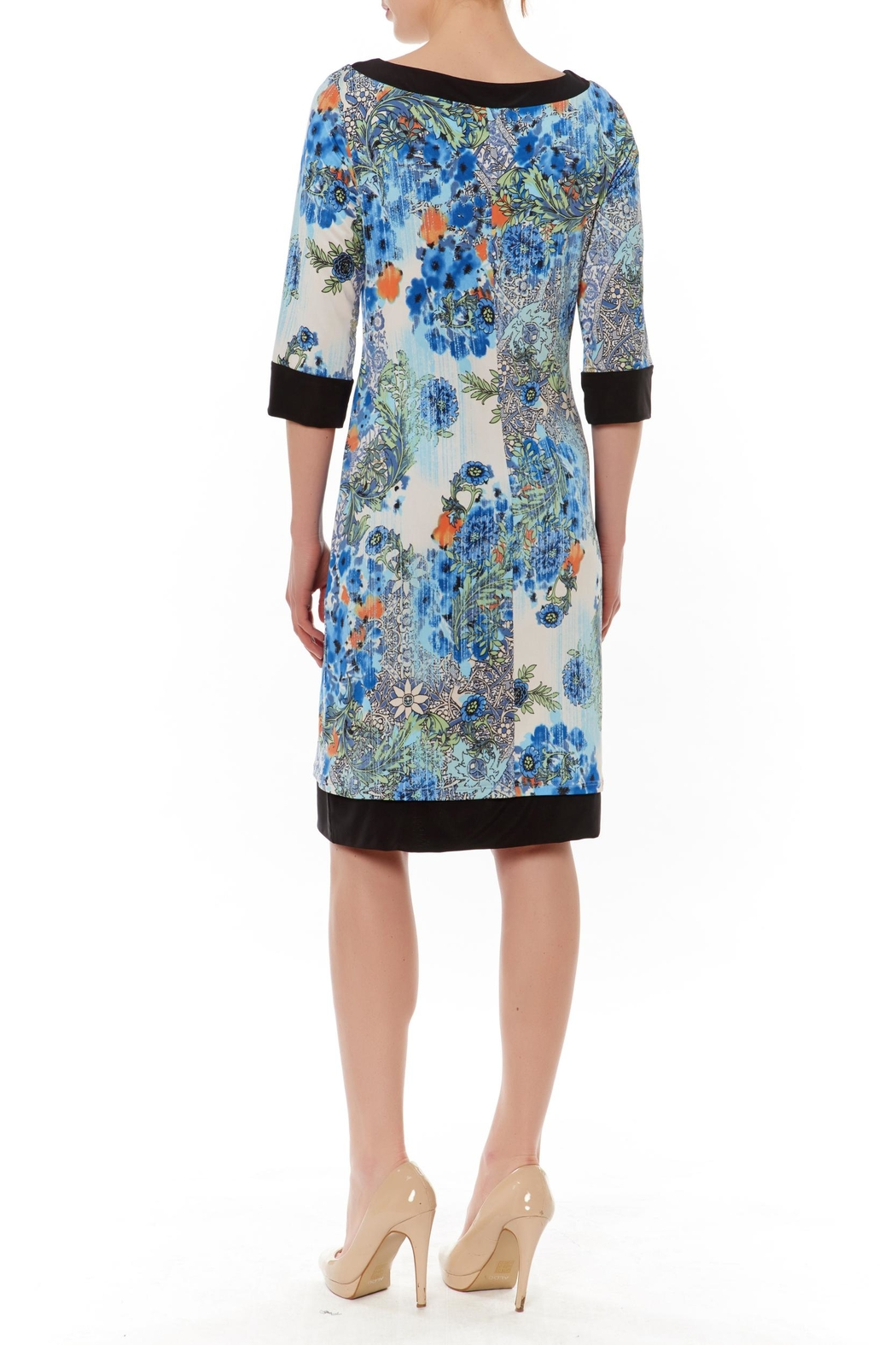 PAPILLON BLANC Reversible Shift Dress - Front Full Image