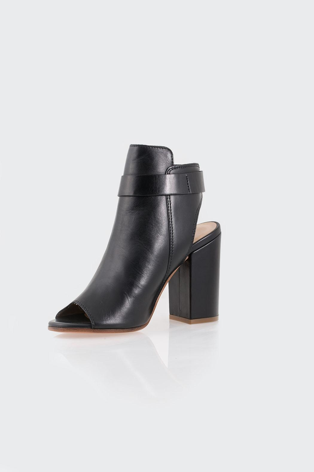 Parlanti Black Boot - Front Cropped Image