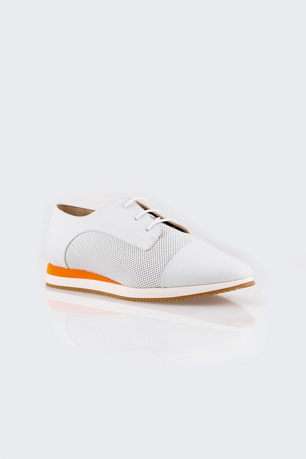 Parlanti Sneakers - Side Cropped Image