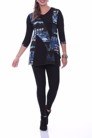 Parsley & Sage Blue Abstract Tunic - Front cropped