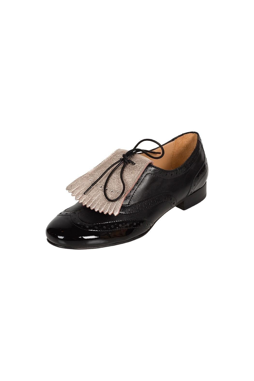 Pascucci Black Lether Brogue - Back Cropped Image