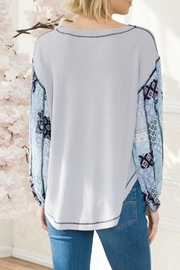 Mystree Patch Print Slv Thermal - Side cropped