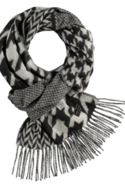 V Fraas Patchwork Houndstooth scarf - Product Mini Image