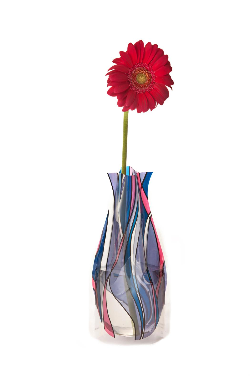 Patricia's Presents Expandable Flower Vase - Main Image