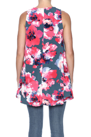 Peach Love California Printed Knit Tunic - Back cropped