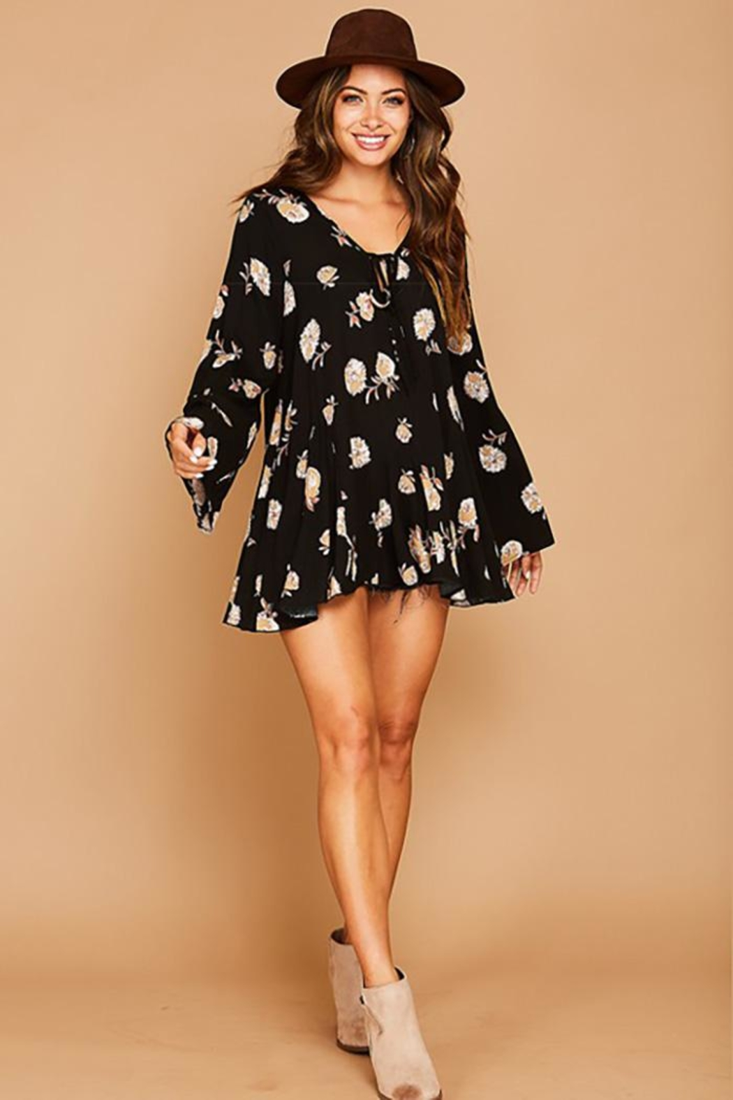 Peach Love California Flower Printed Bell Sleeve Tunic Top - Side Cropped Image