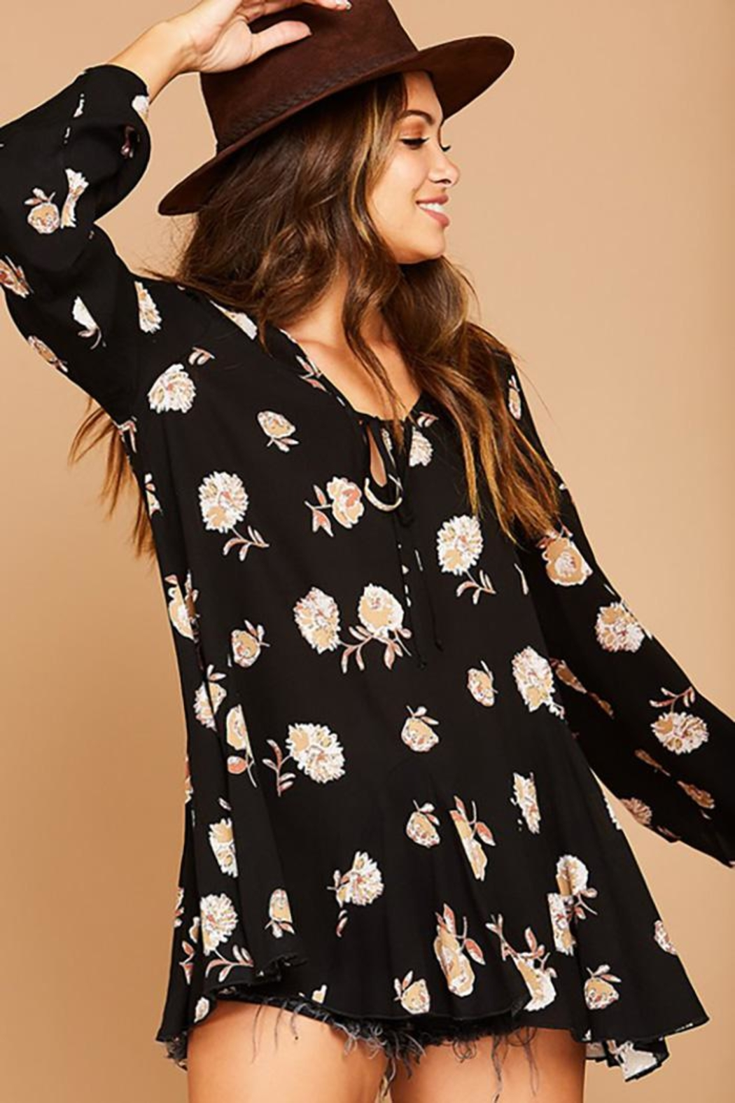 Peach Love California Flower Printed Bell Sleeve Tunic Top - Back Cropped Image