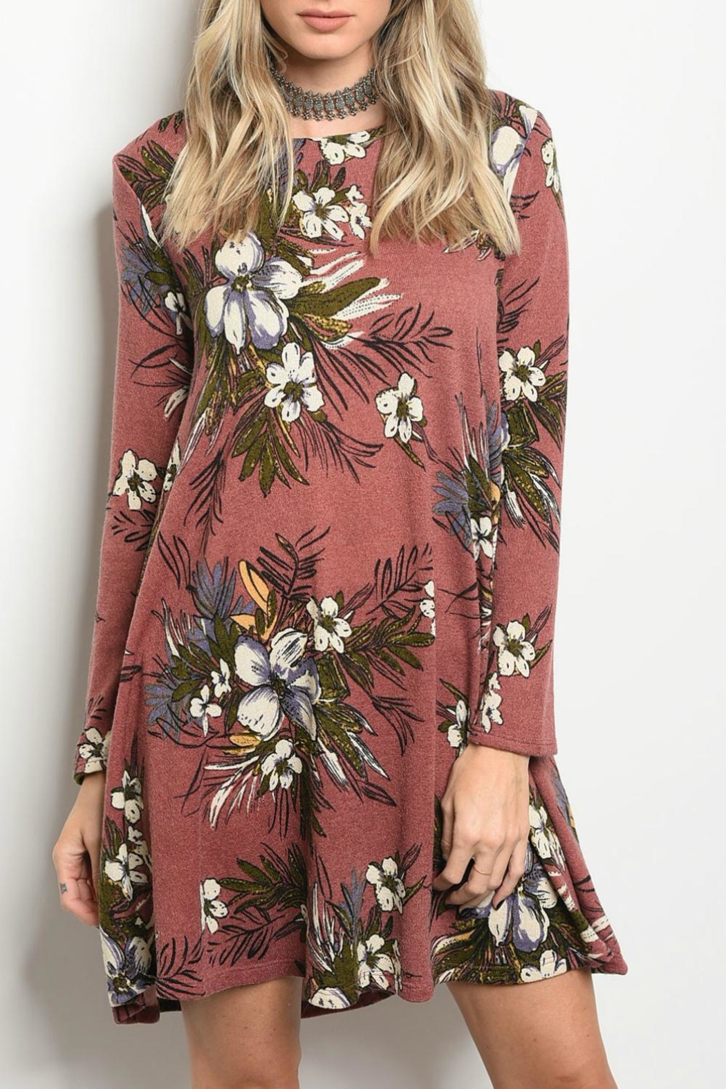 Peach Love California Mauve Floral Dress - Front Cropped Image
