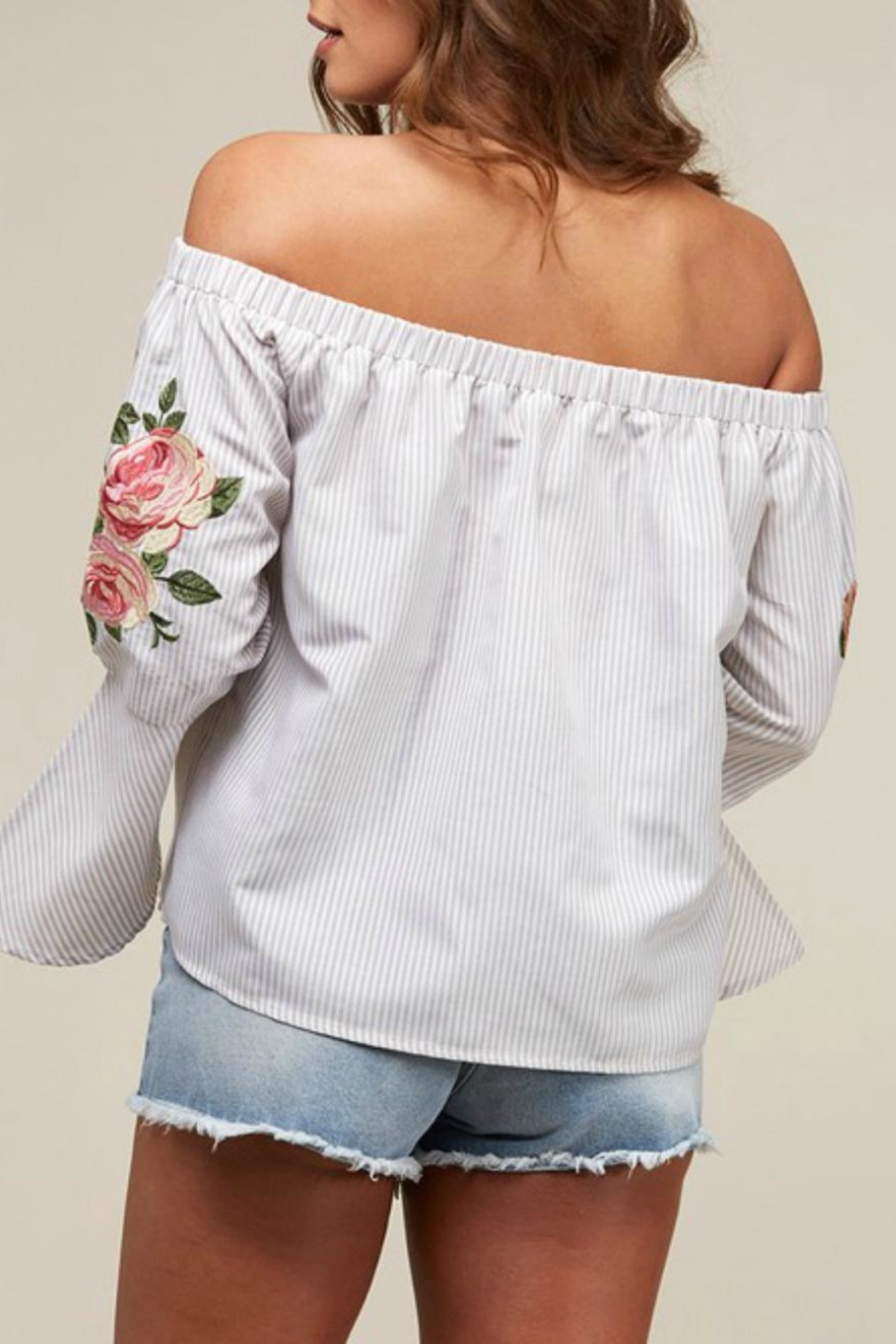 Peach Love California Off-Shoulder Embroidered Stripe - Side Cropped Image