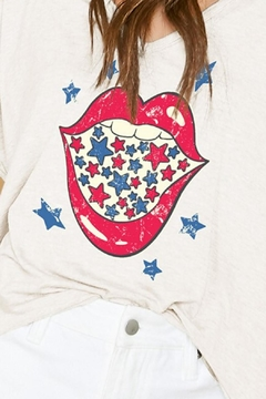 Peach Love California Stars + Lips Tee - Alternate List Image