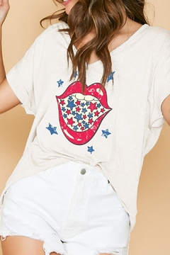 Peach Love California Stars + Lips Tee - Product List Image