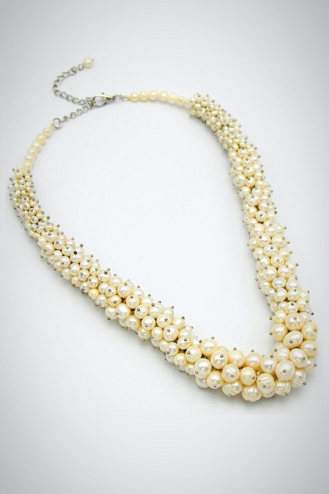 Embellish Pearl Beauty Necklace - Main Image