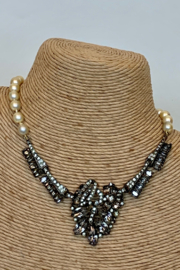 Dominique PEARL & HEMATITE NECKLACE - Front cropped