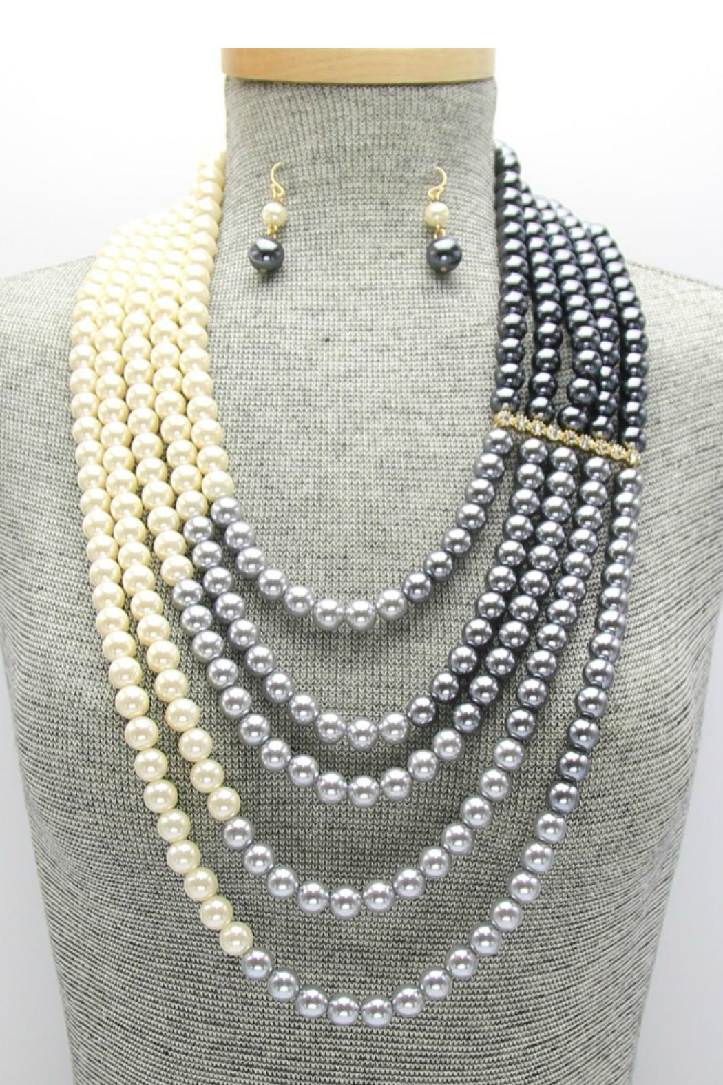 Embellish Pearl Ombre Necklace - Front Full Image