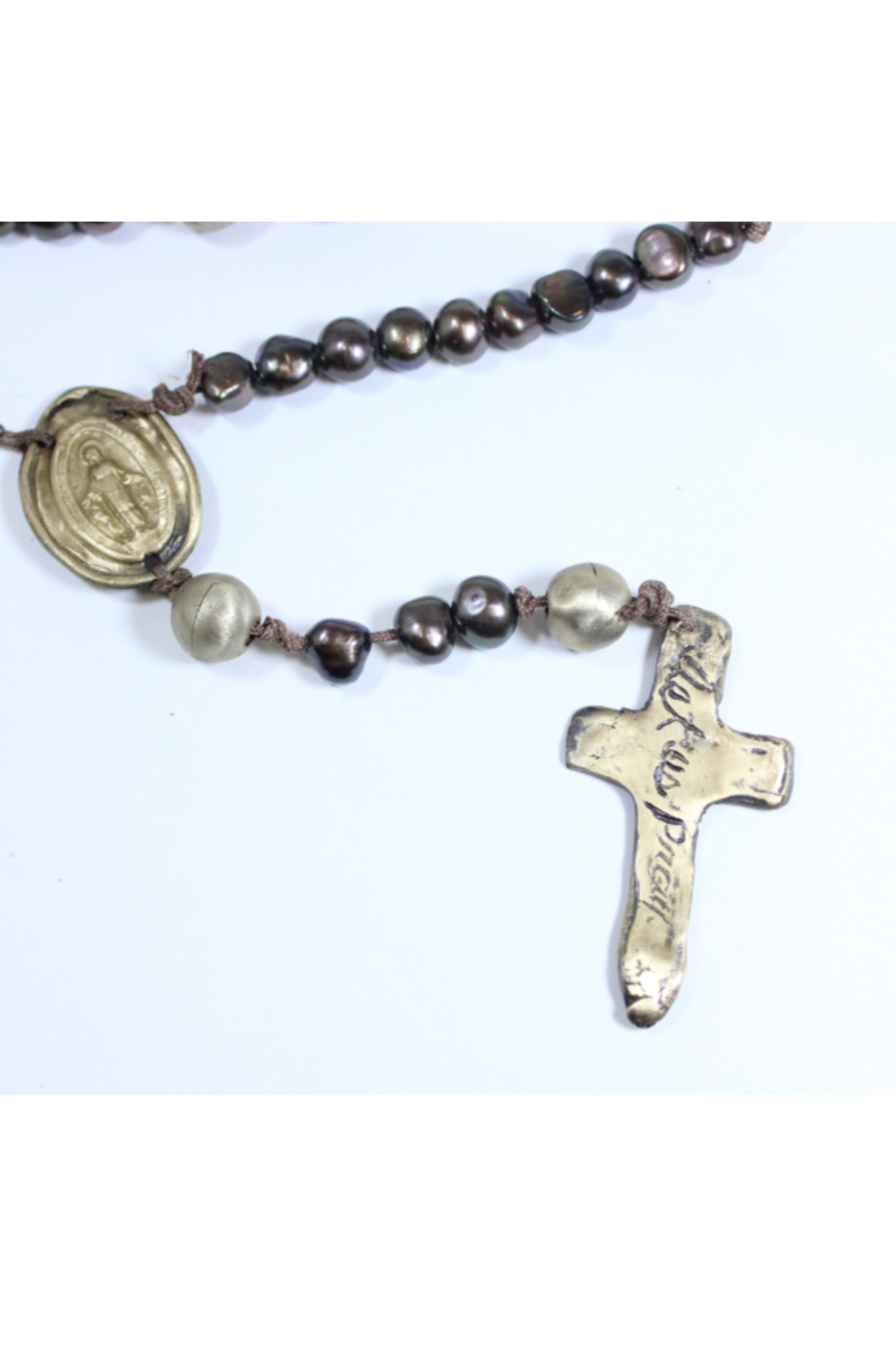The Birds Nest PEARL ROSARY WITH MIRACULOUS MEDAL - Front Full Image