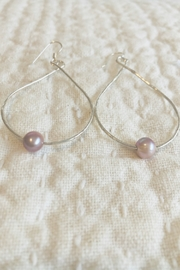 Maui Ocean Jewelry Pearl Teardrop SM Earring - Sterling Silver - Product Mini Image