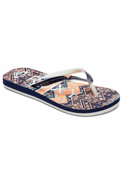 Roxy Pebbles Flip Flops - Front cropped