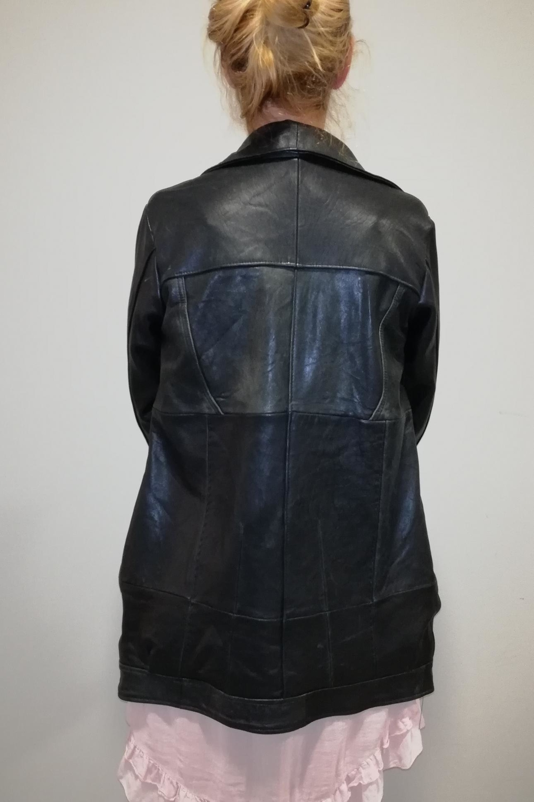 Pelechecoco Liza Leather Coat - Side Cropped Image