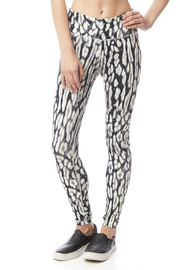 Peony Marshmallow Legging - Product Mini Image