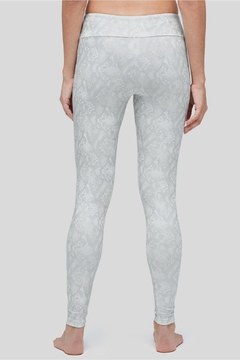 Peony Metallic Boa Legging - Alternate List Image