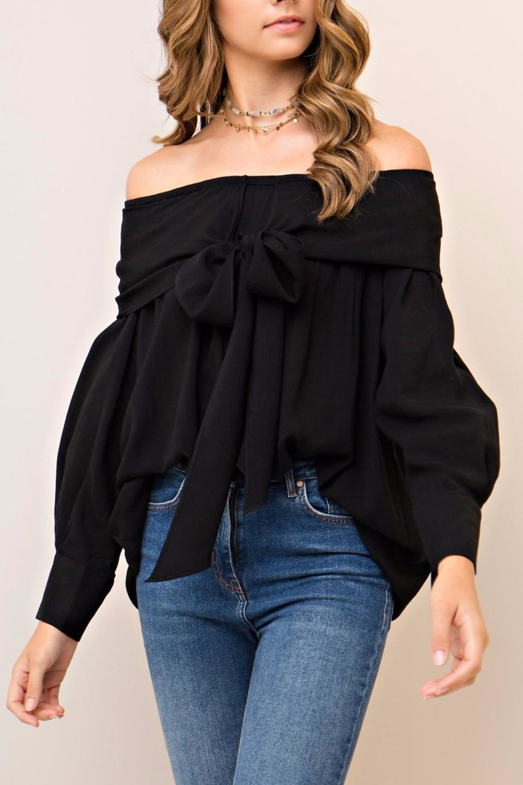 People Outfitter Aston Black Top - Back Cropped Image
